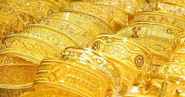 أسعار الذهب تتراجع 7 جنيهات.. وعيار 21 يسجل 863 جنيها للجرام