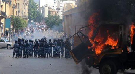 """هاشتاج """"لبنان ينتفض"""" يتصدر تويتر بسبب مظاهرات بيروت"""