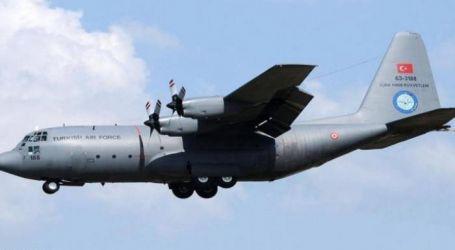 طائرة شحن تركية تغادر قاعدة الوطية الليبية عائدة إلى بلادها