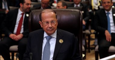 الرئاسة اللبنانية تجرى مشاورات مع نواب البرلمان لتسمية رئيس حكومة جديد