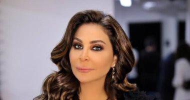 إليسا توجه رسالة إلى اللبنانيين الداعمين لإعادة الحياة فى بيروت