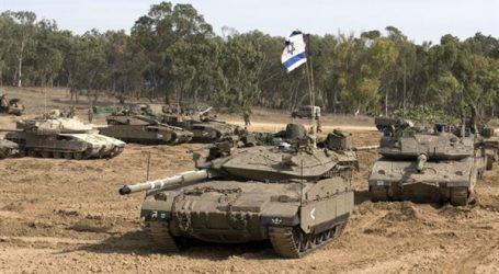 دبابات الاحتلال تقصف موقعين في قطاع غزة