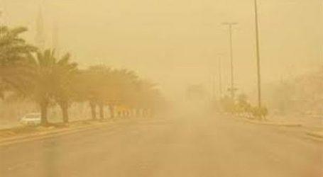 غلق العديد من الطرق الصحراوية بالبحر الأحمر و قنا بسبب السيول