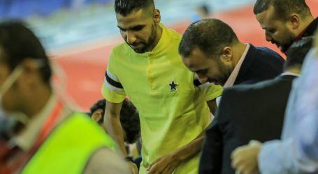 مؤمن زكريا يصل ملعب مباراة الأهلى والطلائع لتسليم درع الدورى للمارد الأحمر