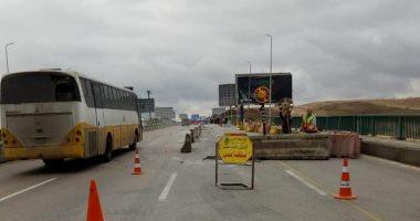 المرور: تعيين خدمات مرورية بطريق المنيا راس غارب وغلقه منعا لوقوع حوادث