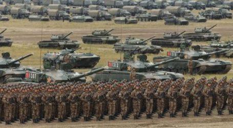 صحيفة روسية: التلفزيون الصيني يبث الأغاني الوطنية استعدادا للحرب مع أمريكا