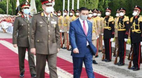 وزير الدفاع يلتقى نظيره العراقى خلال زيارته الرسمية لمصر