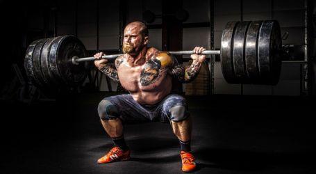 احذر.. حبس أنفاسك أثناء التمارين يعرضك لارتفاع ضغط الدم ومشاكل صحية