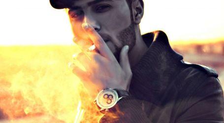 ما أسوأ وقت للتدخين؟ استشاري أمراض القلب يجيب