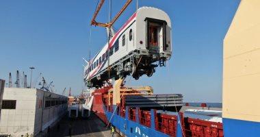 وزير النقل يعلن وصول 22 عربة سكة حديد روسية جديدة للركاب ميناء الإسكندرية