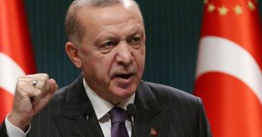 """إمام مسجد تركى يدعو لاستخدام معارضى أردوغان """"فئران تجارب"""" للقاح الجديد"""
