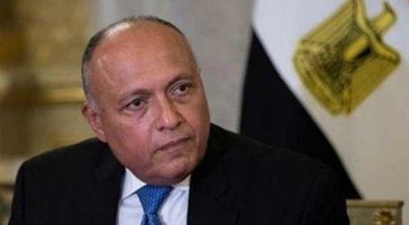 وزير الخارجية يشهد مراسم تخرج دبلوماسيين جُدد