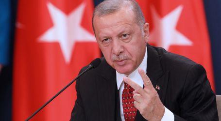 أردوغان يواصل تشويه المعارضة: زعيمهم وصل منصبه بفضل الفضائح الجنسية