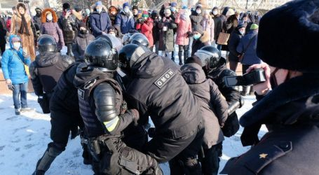 """واشنطن تندد باستخدام السلطات الروسية """"القوة"""" ضد المحتجين المؤيدين للمعارض أليكسي نافالني"""