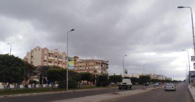 النشرة المرورية.. انتظام حركة السيارات بالقاهرة والجيزة رغم سقوط الأمطار