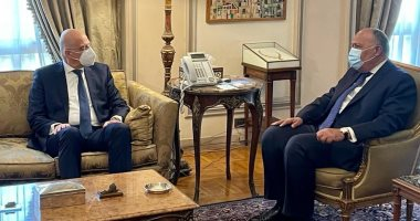 وزير الخارجية سامح شكرى يستقبل نظيره اليونانى