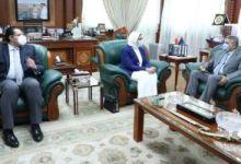 لقاء وزيرة الصحة والفريق أسامة ربيع داخل مبنى الإرشاد بهيئة قناة السويس